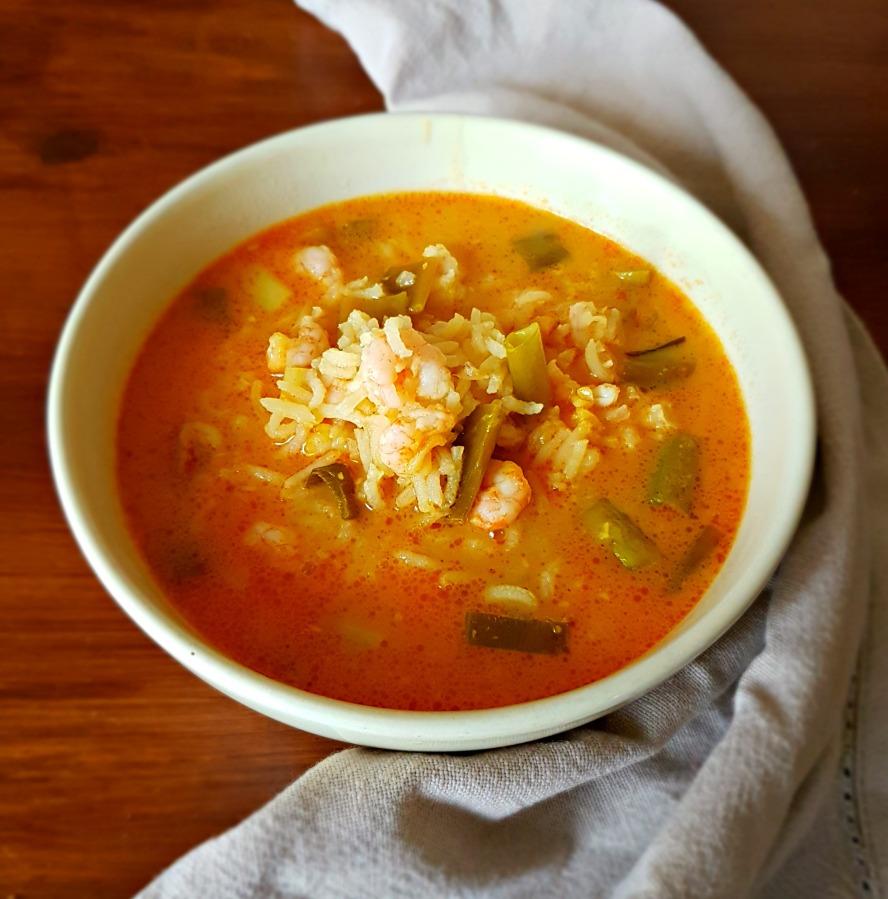 Aromatyczna zupa krewetkowa